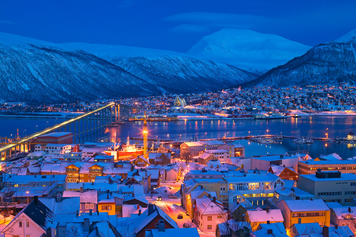 Tromsø dressed in blue mid afternoon during the Polar Night © Bård Løken