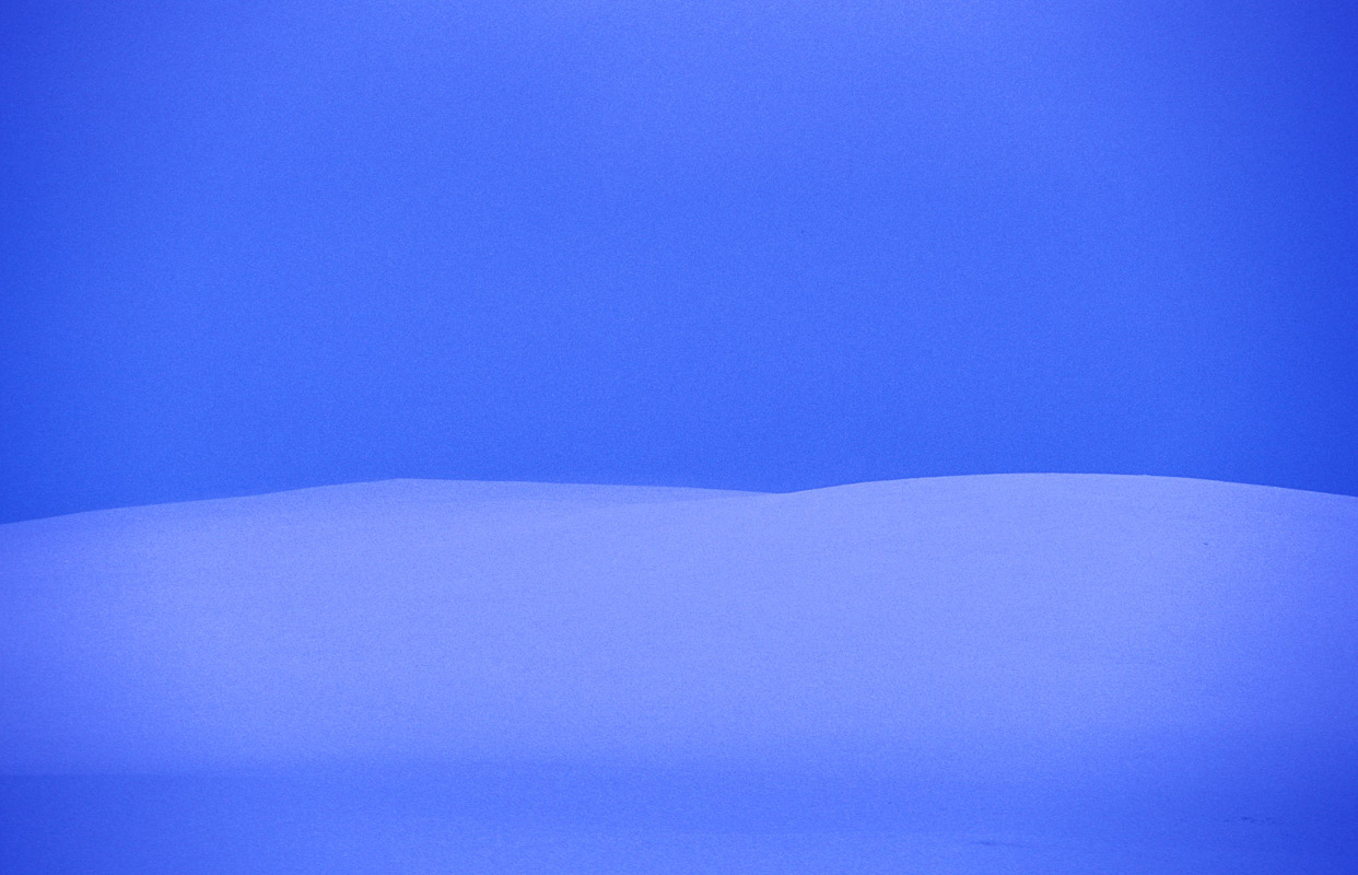The blue light over Finnmark Plateau © Trym Ivar Bergsmo