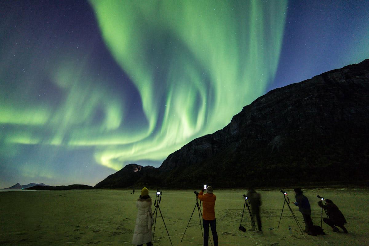 Lucky aurora hunters (c) Petter Formo