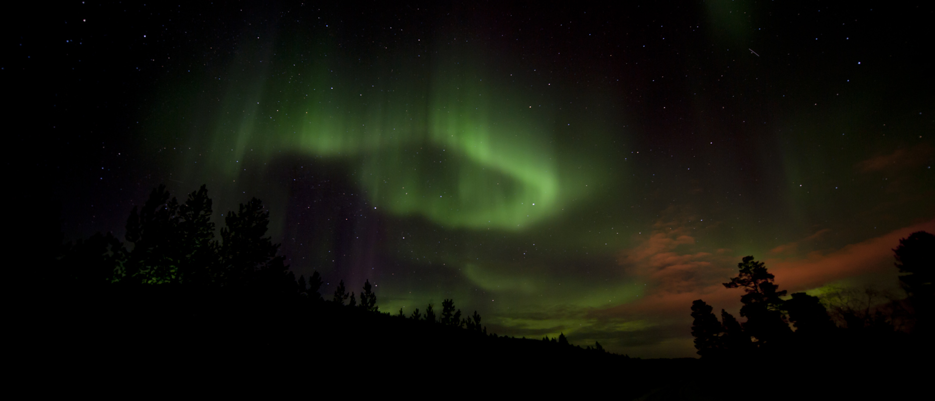 Northern Lights dancing on the sky of Finnmark © Liv Engholm