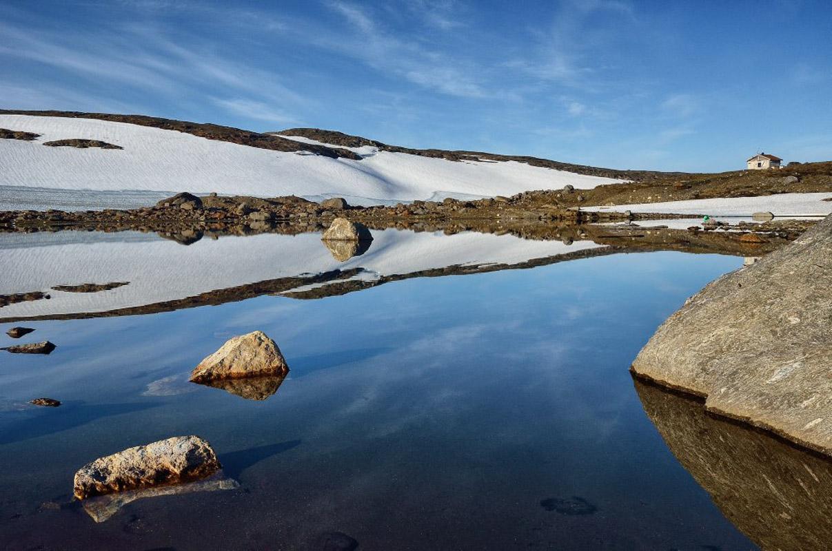Selv midt på sommeren ligger snøen over Okstindan (c) Fabrice Milochau