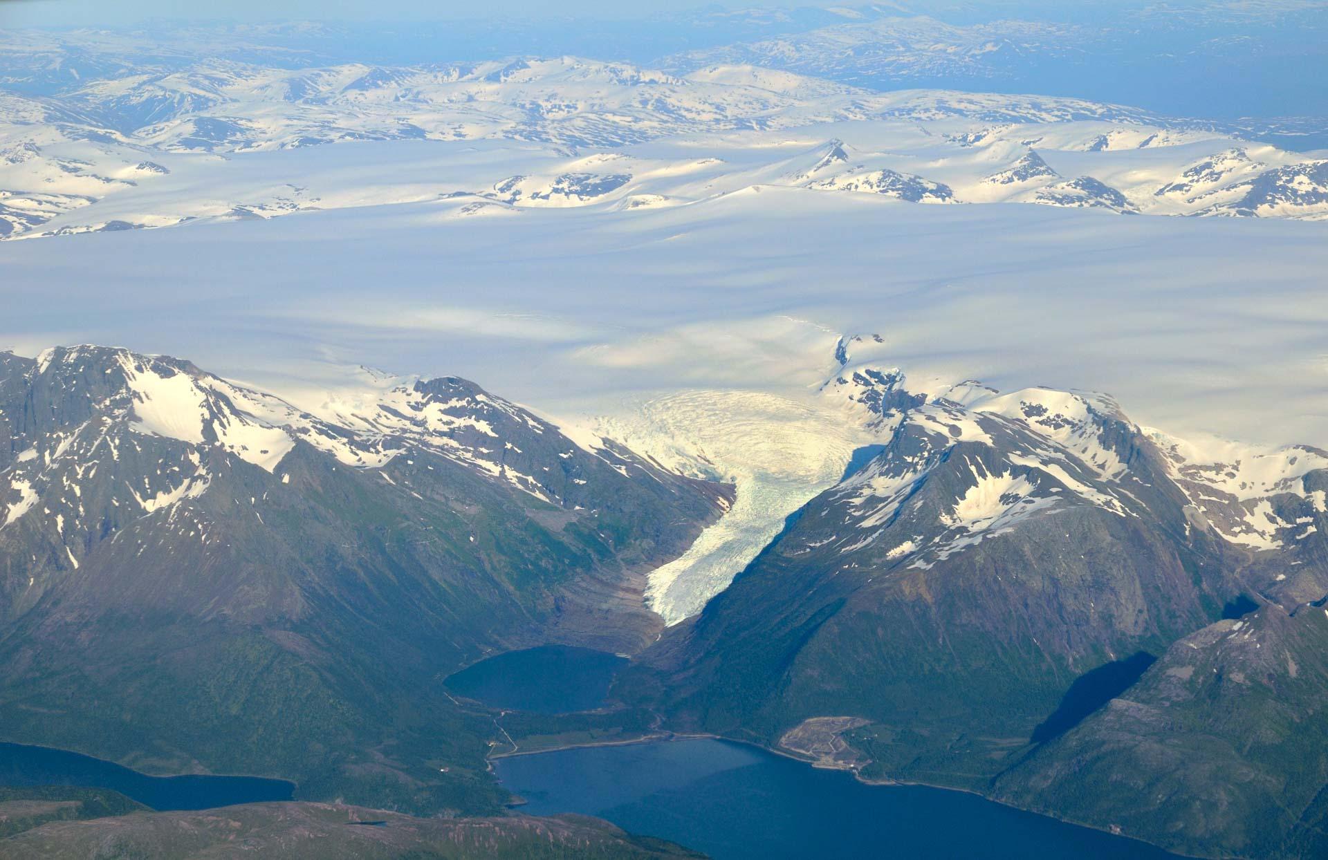 Den gigantiske isbreen Svartisen er grunnlaget for det hele © Steinar Skaar / Statens vegvesen
