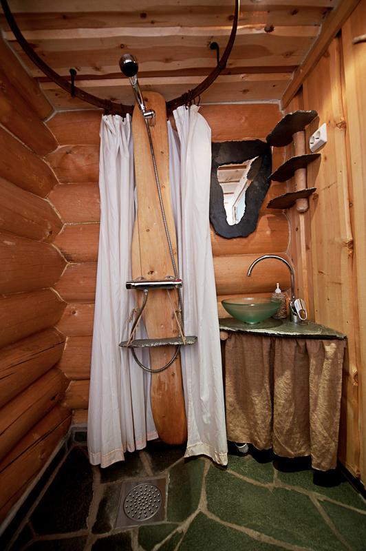 Sånn dusj har du ikke hjemme (c) Engholm Husky Design Lodge