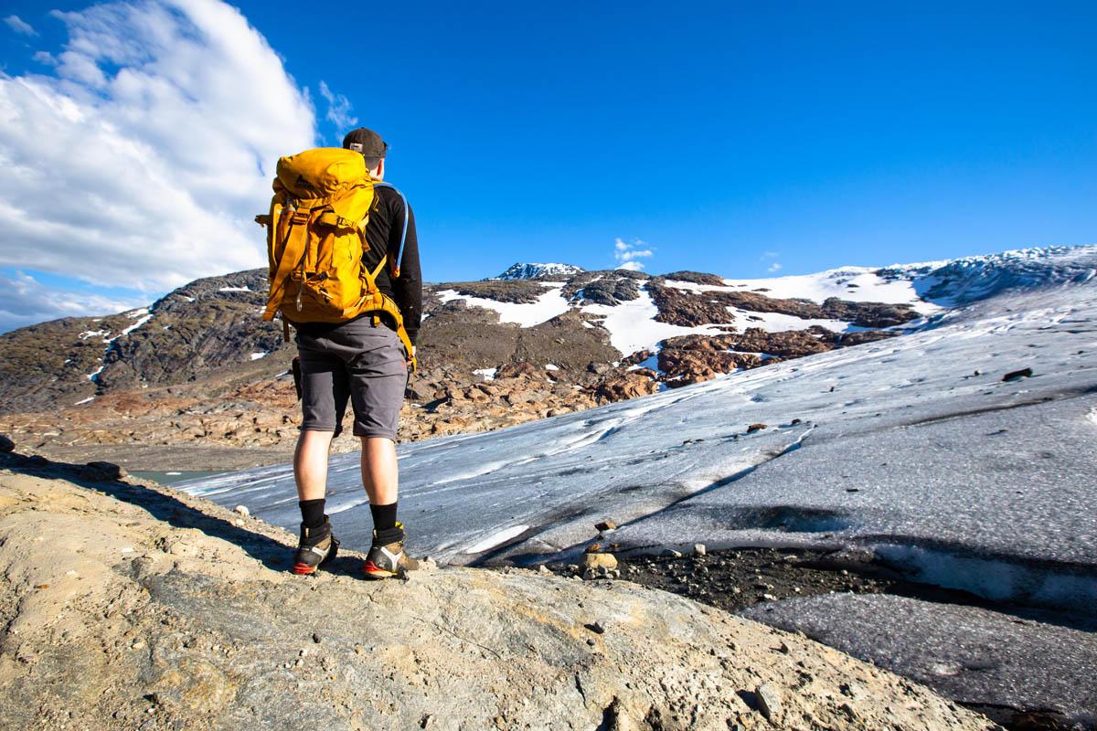 Denne breen krysses før man når toppen av Oksskolten © Mats Hoel Johannessen