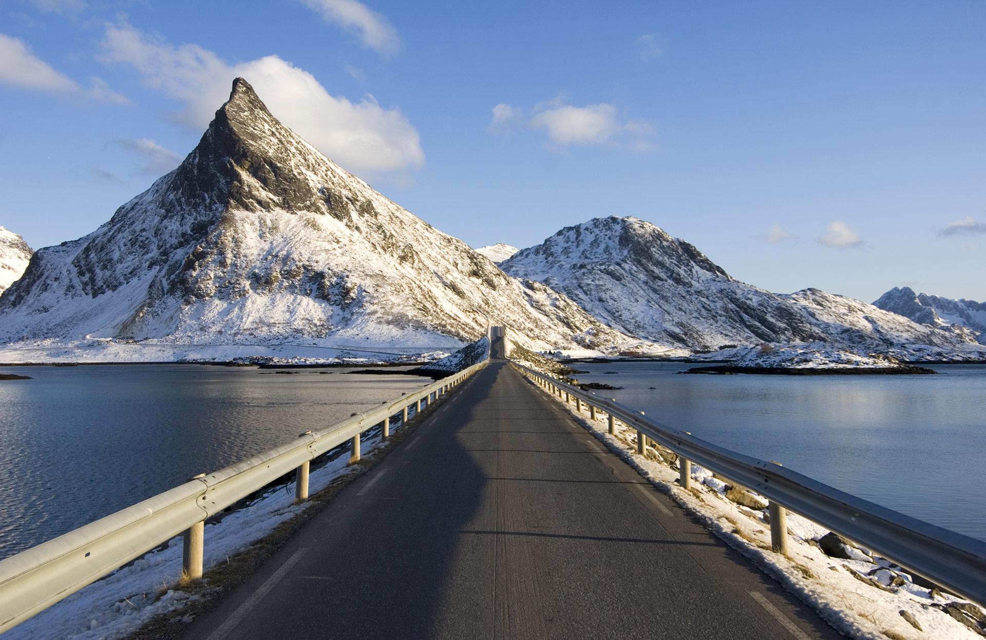 På vei gjennom Lofoten © Terje Rakke