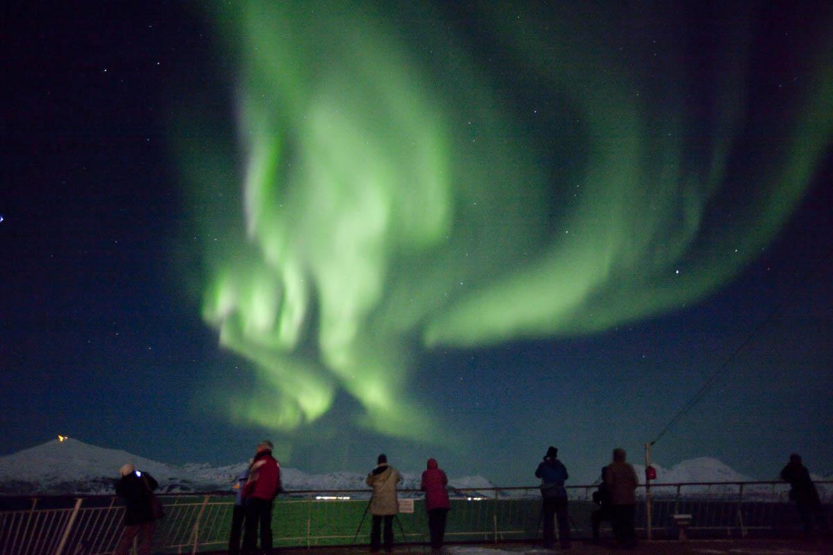 Nordlys fra dekk på Hurtigruten (C) Shigeru Ohki