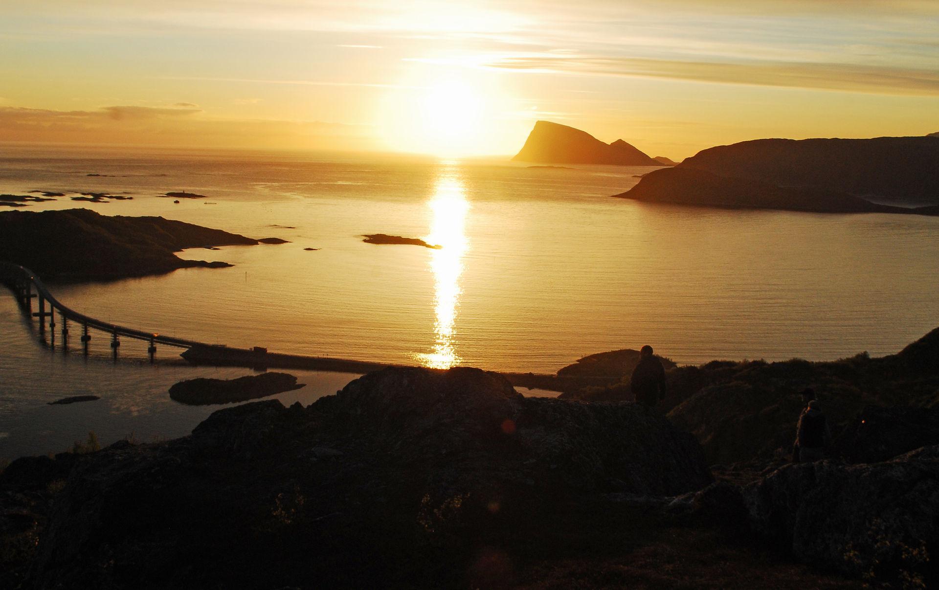 Sommaroy during Midnight Sun © Knut Hansvold
