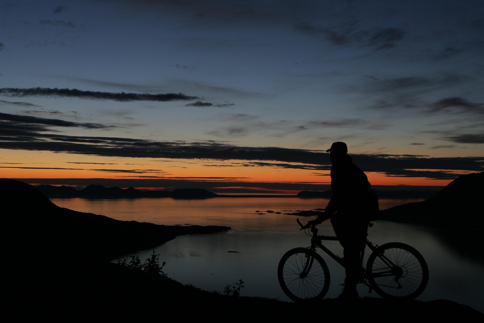 Midnattssol ved Harstad © Frank Andreassen