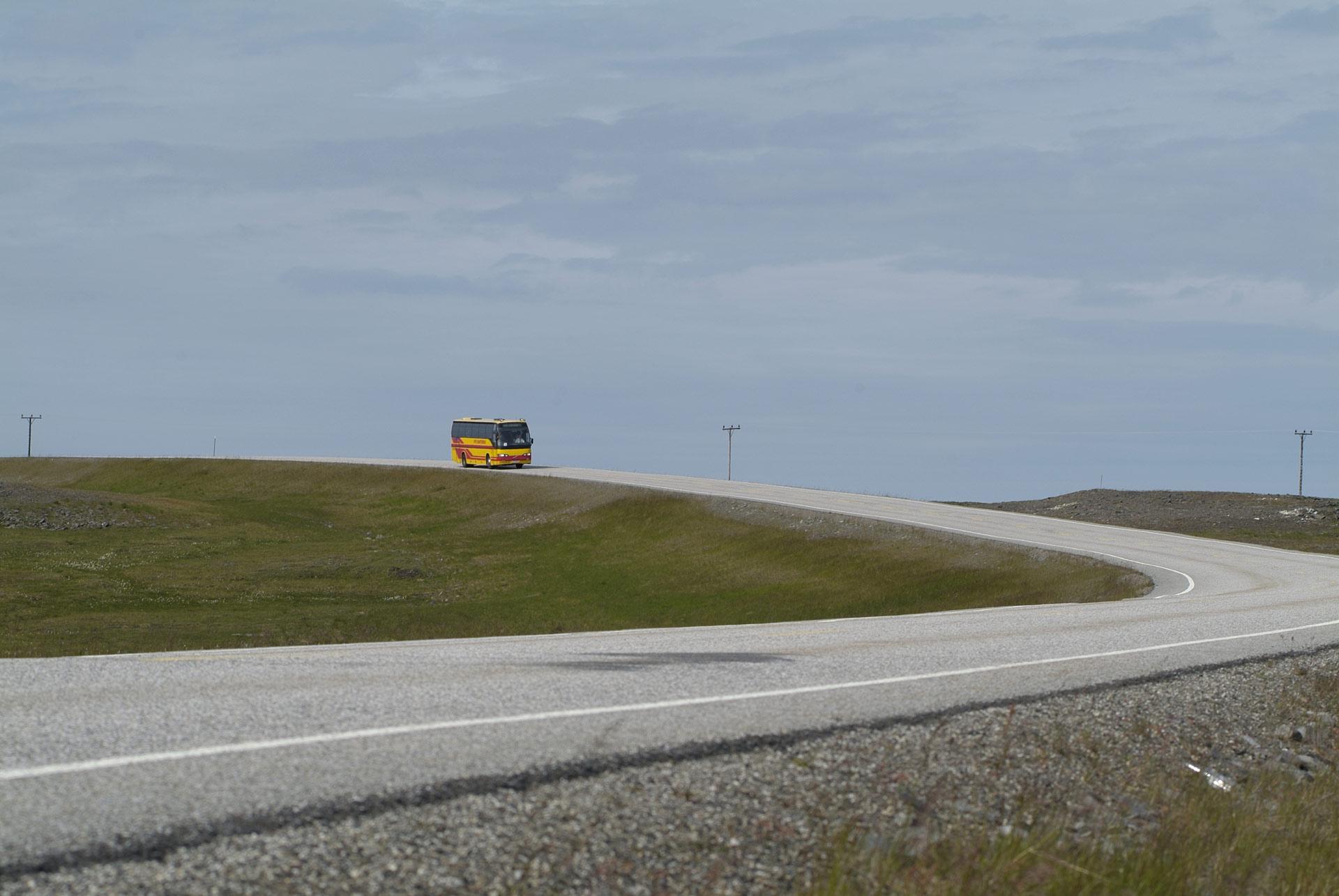 Til og med til Nordkapp kan du ta bussen © Trym Ivar Bergsmo