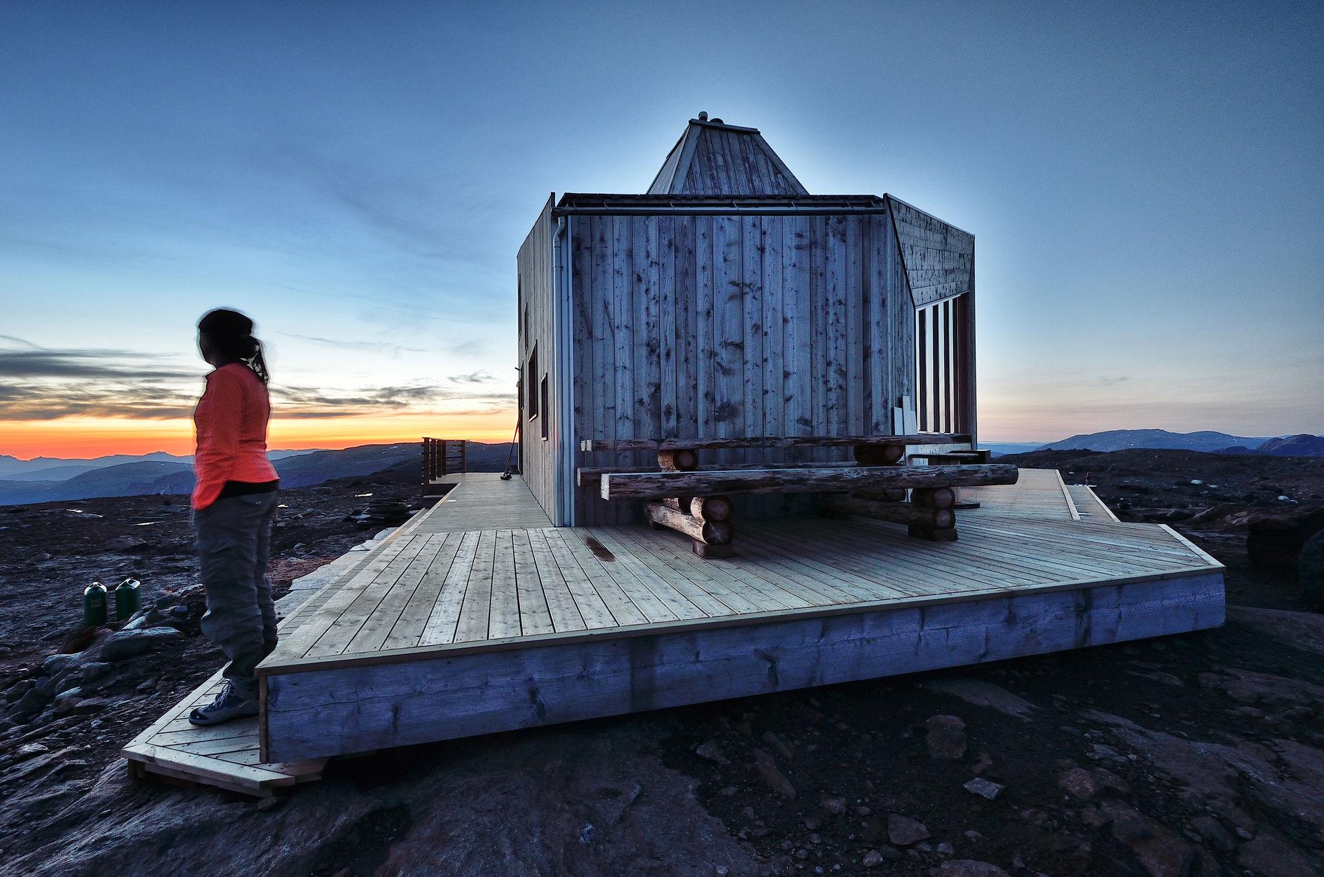 Sunset above the Rabot Cabin © Fabrice Milichau