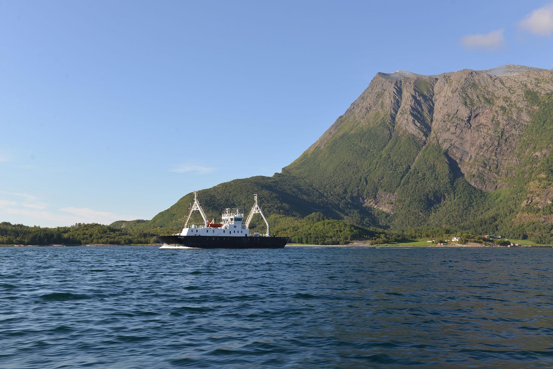 Svært få turister reiser med fergene rundt i Gildeskål, og det er synd © Brynjar Hilling