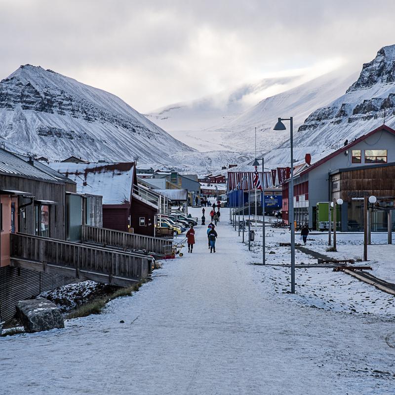 Ut på vinteren blir Svalbard lysere © Jarle Røssland