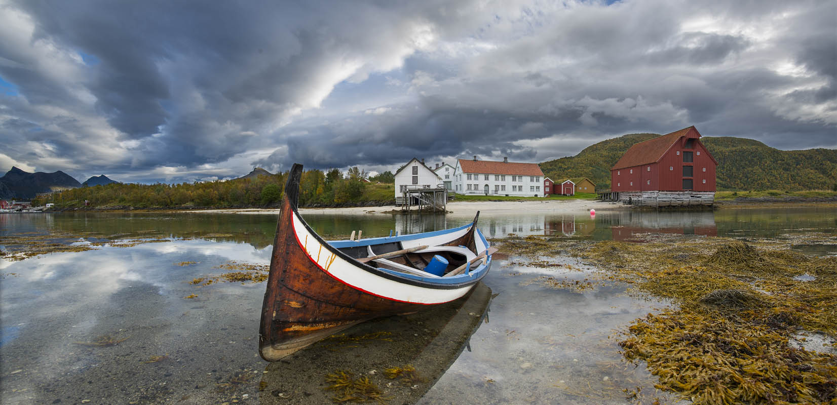 On your way north, you may go to places such as Kjerringøy