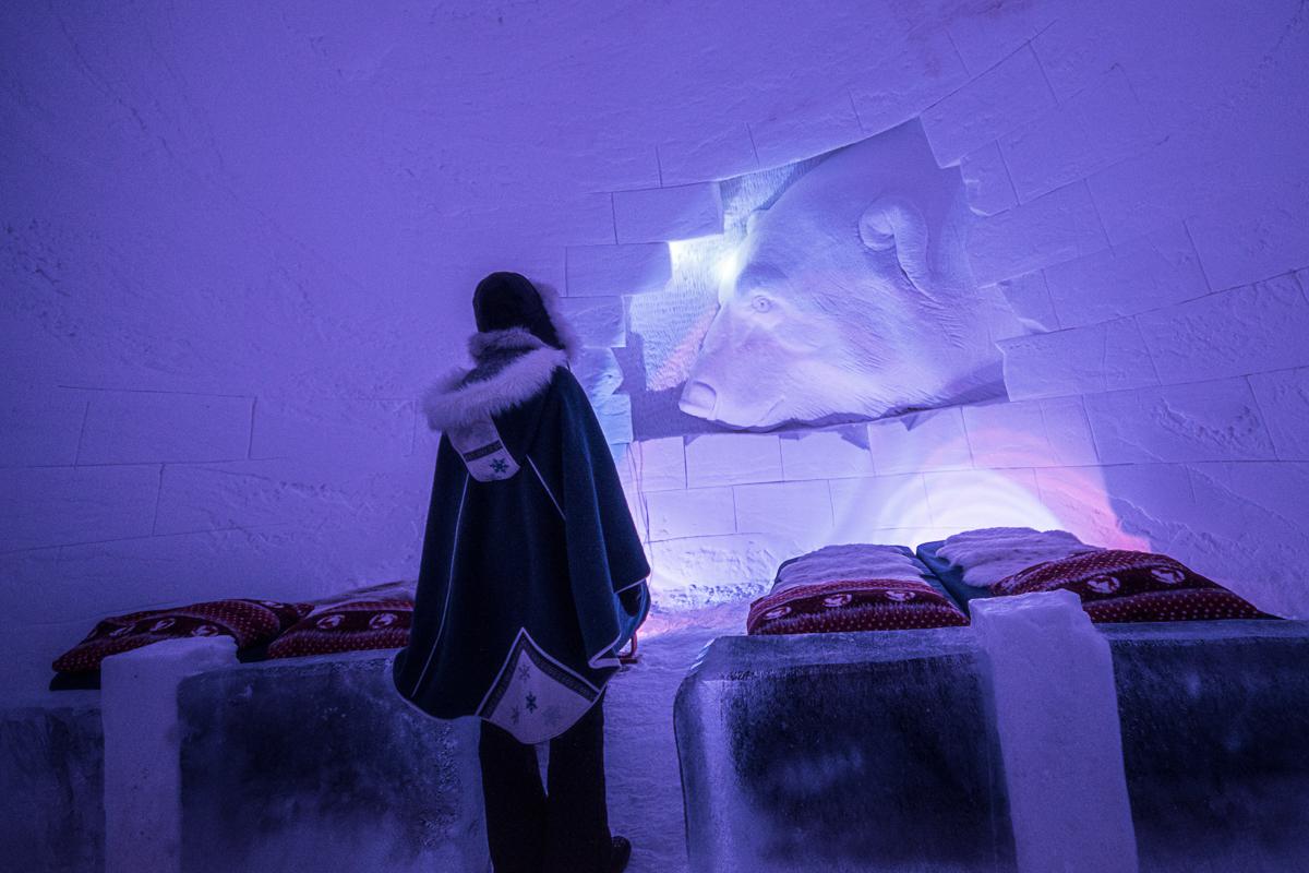 Kvitebjørn Kong Valemon på soverommet © Sorrisniva