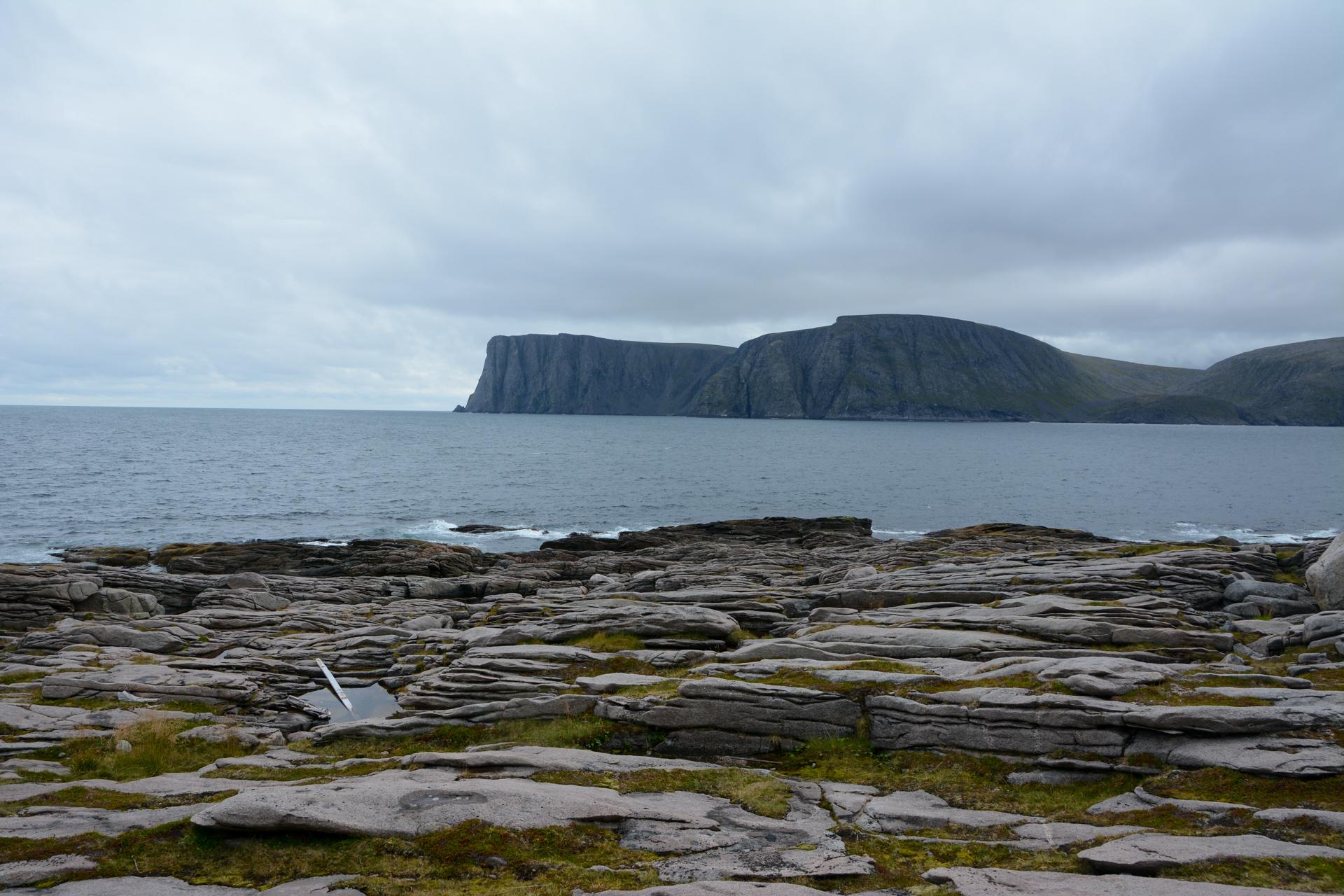 Nordkapp er allestedsnærværende, men det er jo litt artig at du må se sørøstover for å se det (c) Knut Hansvold