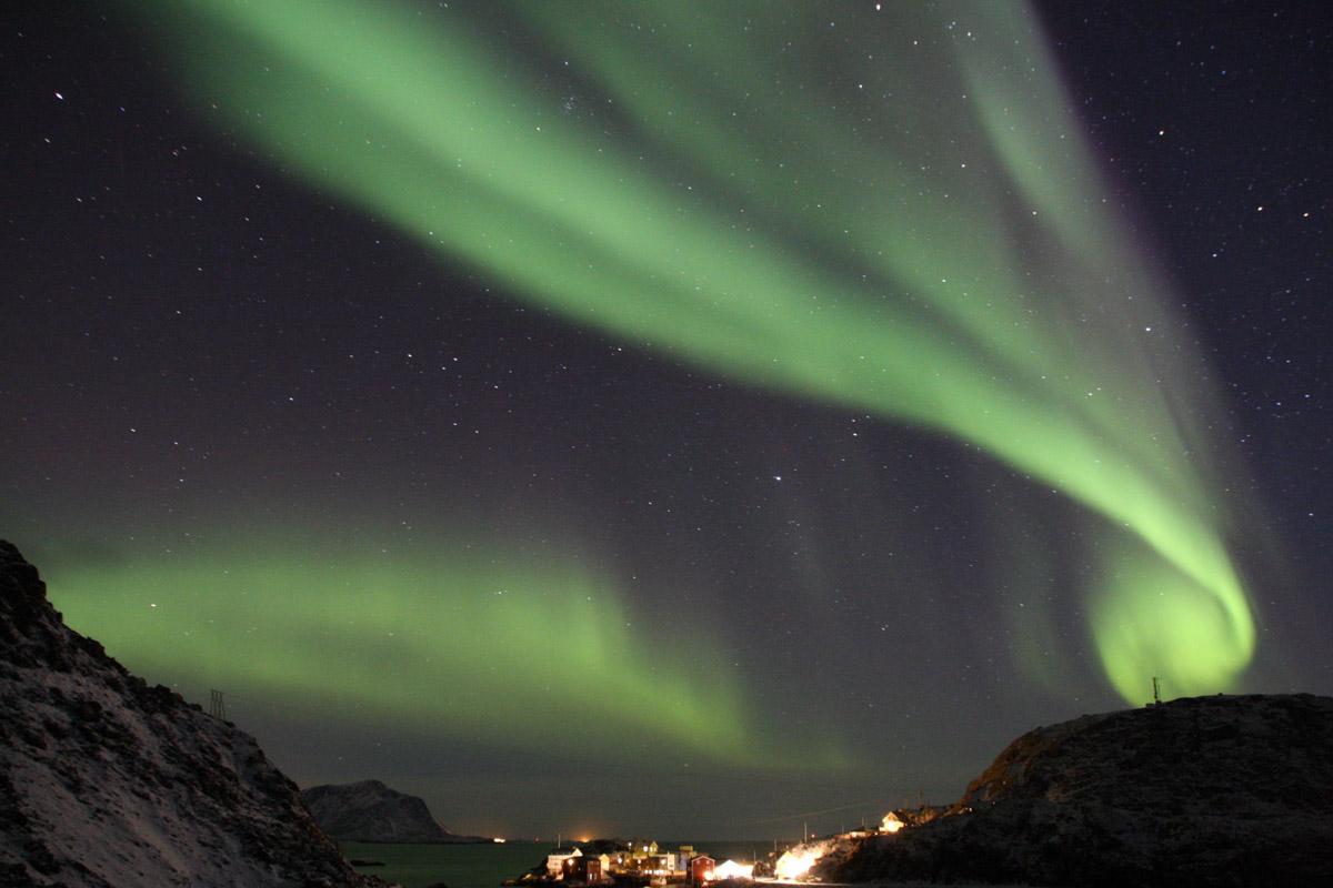 Nordlyset i forvridde former © Cecilie Eckert