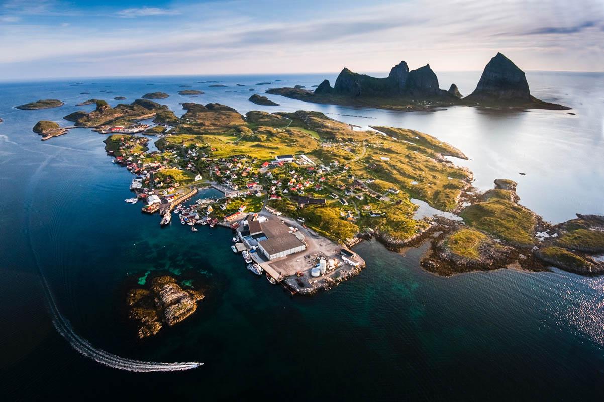 Husøya på Træna © Hans Petter Sørensen