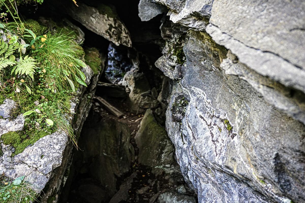 Baalsrudhula er egentlig bare en sprekk i berget © Knut Hansvold