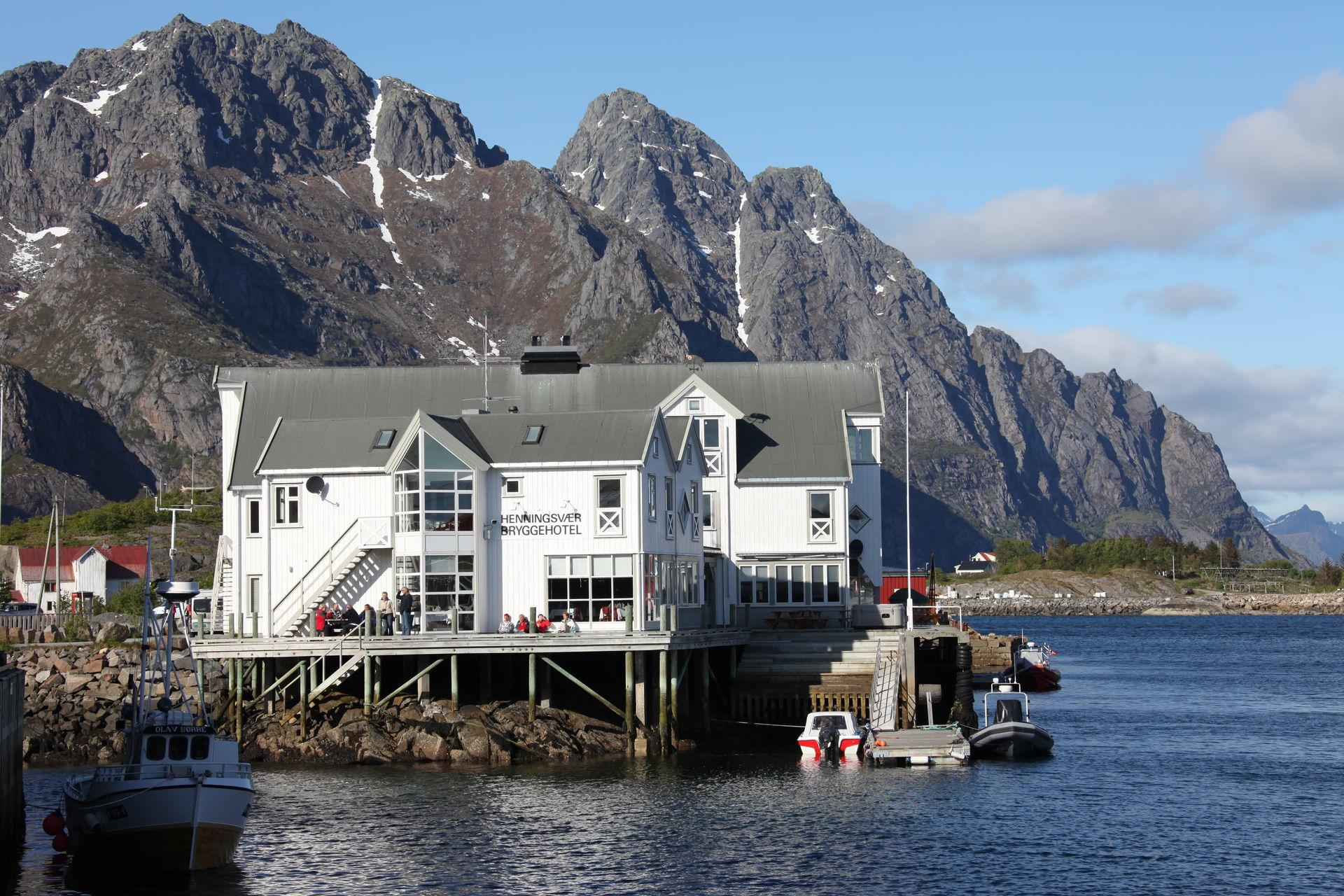 Henningsvær Bryggehotel (c) Roger Johansen
