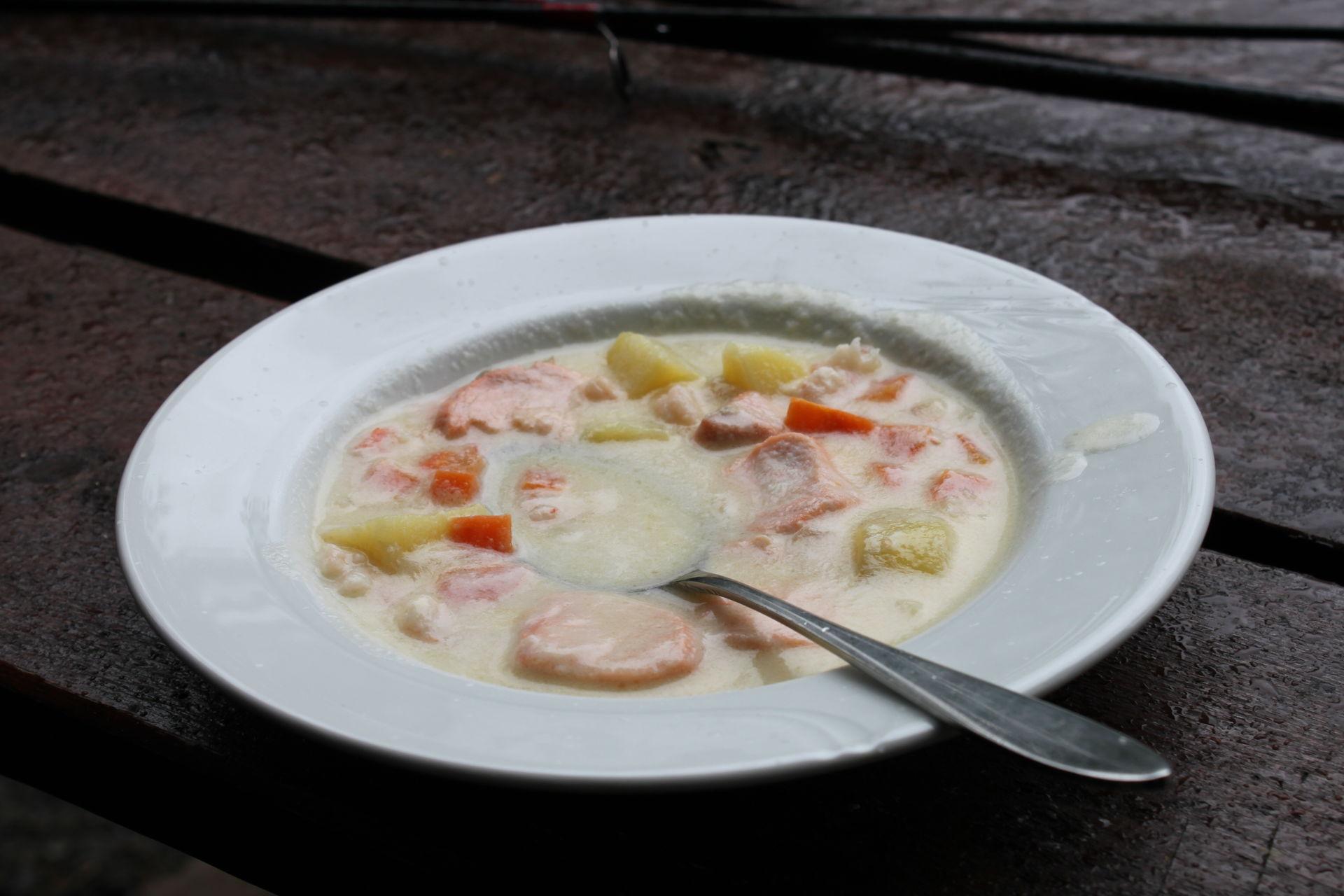 Fiskesuppe er godt og nærende, og serveres gjerne på enklere spisesteder © Frank Andreassen
