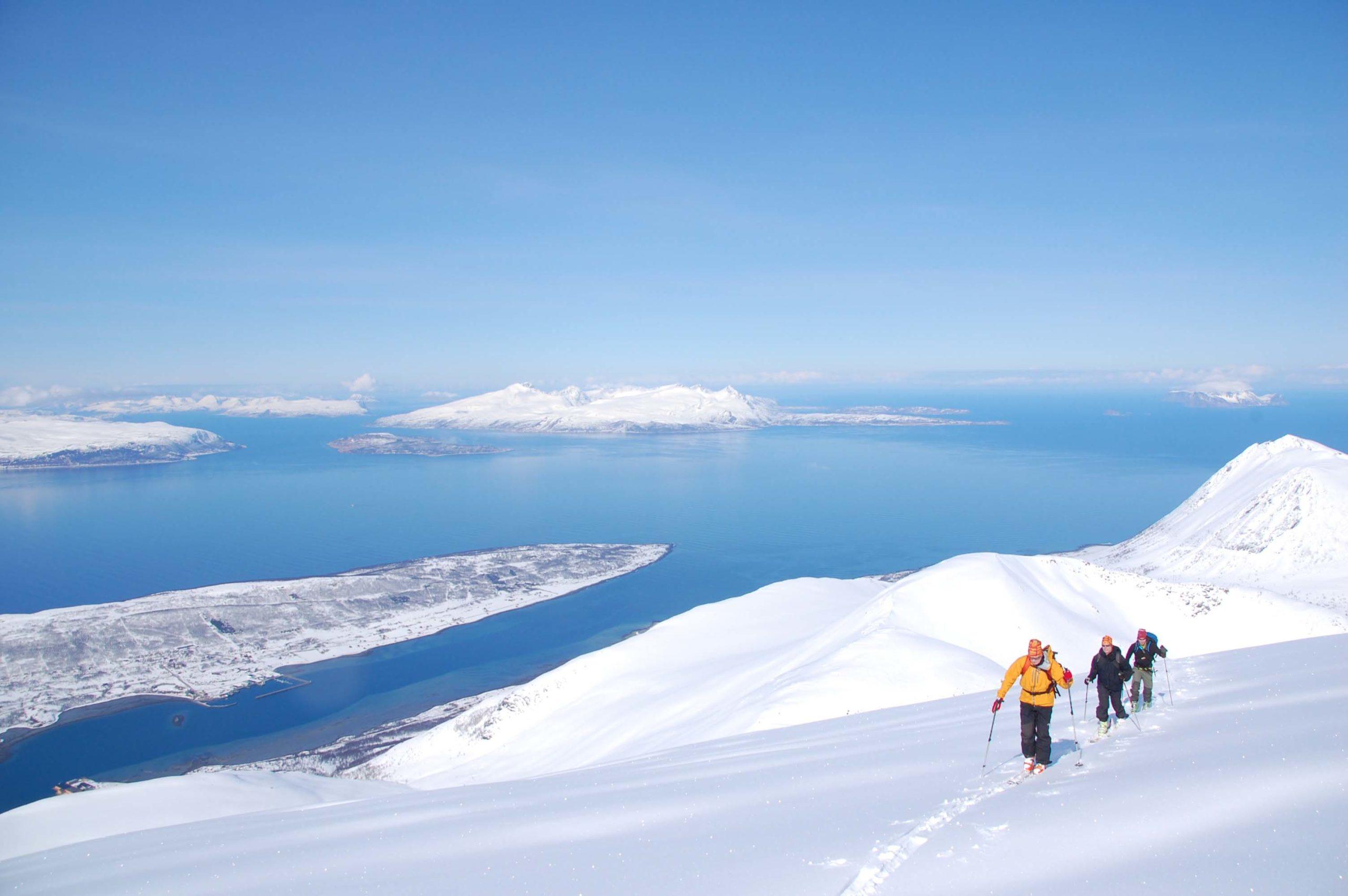 Du skal ha et langt liv i fjellet for å oppleve alle skimulighetene i Nord-Norge © Espen Nordahl