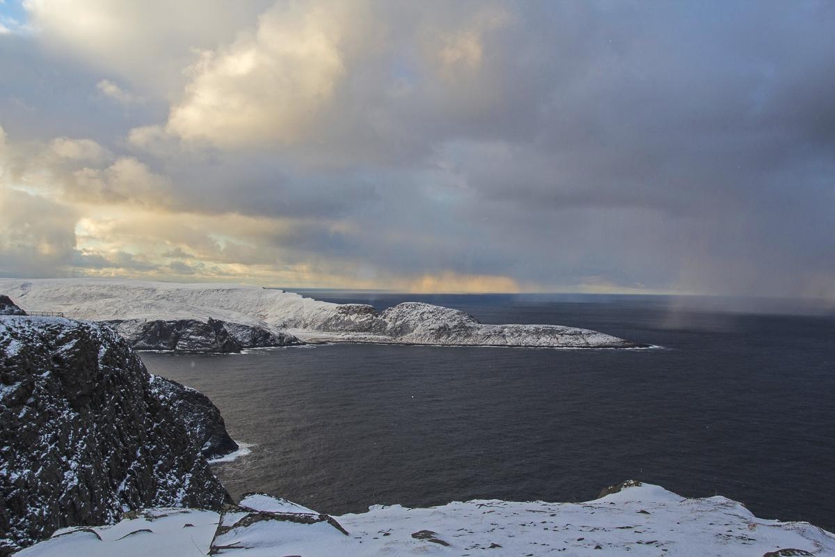Utsikt fra Nordkapp mot Knivskjelodden © North Cape Tours