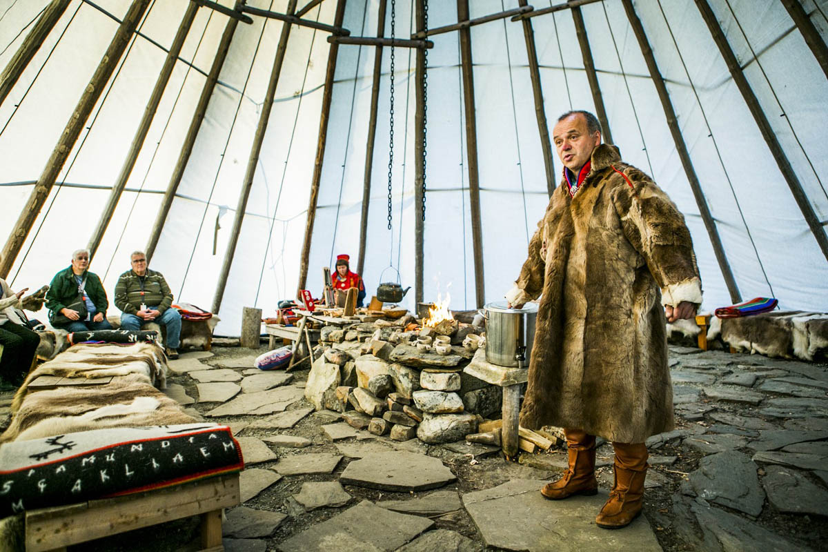 This tent is called a lavvo in Sami, and are a traditional way of housing © Christian Roth Christensen
