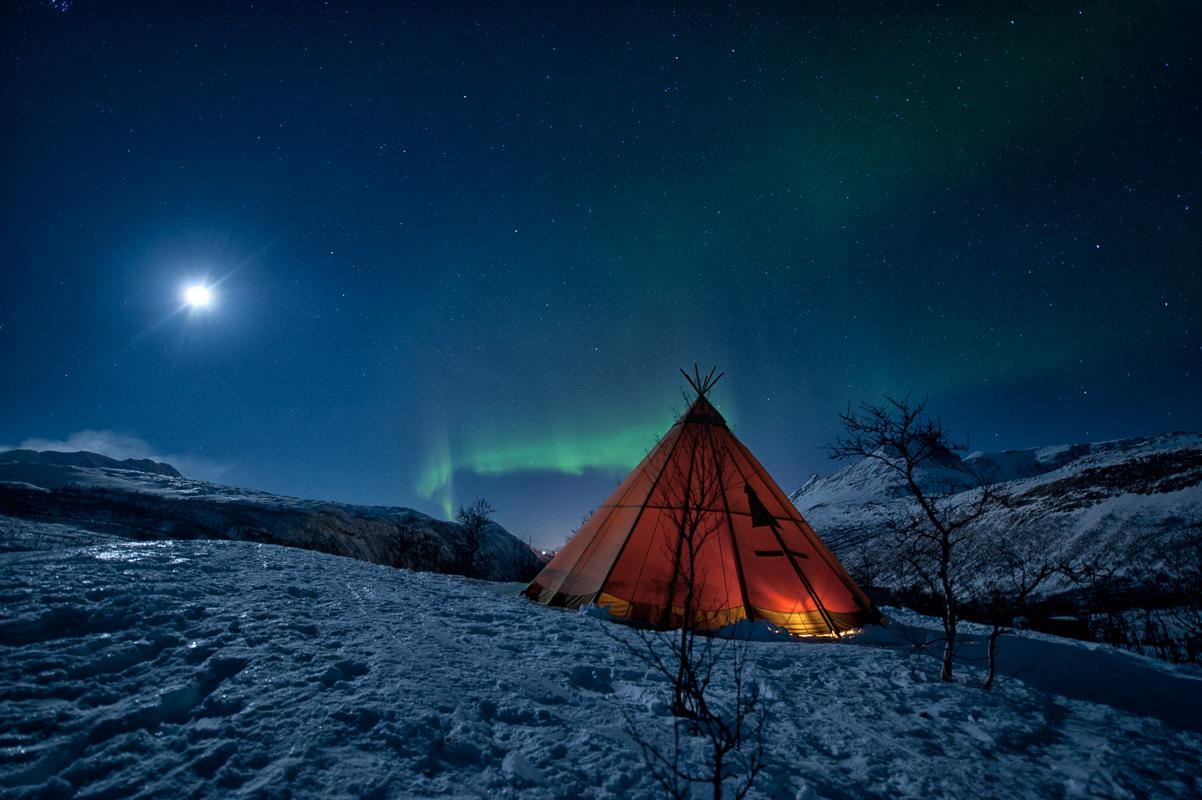Njalasouka og nordlyset i Beisfjord (c) Rune Dahl