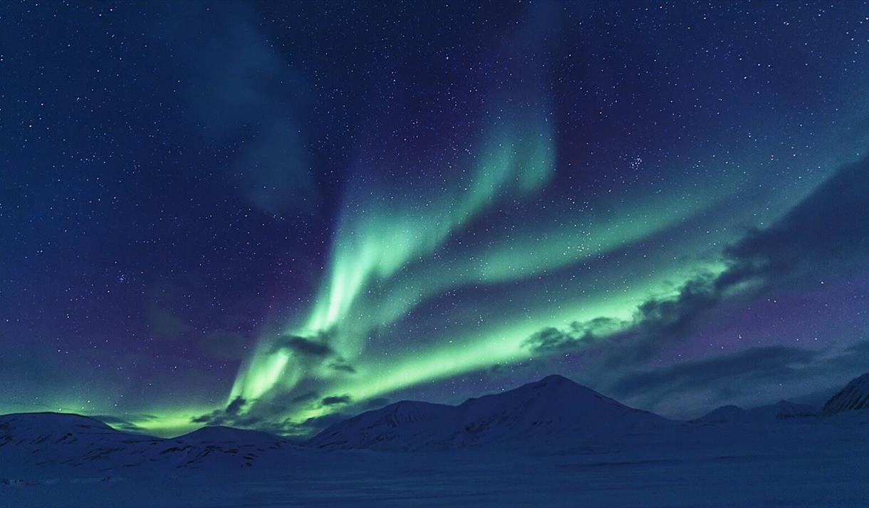 Nordlys på Svalbard © Agurtxane Concellon