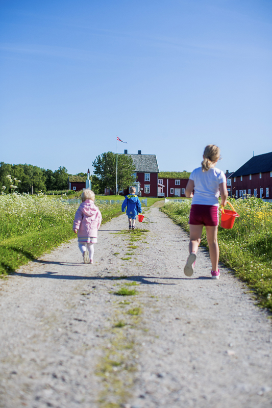 Here the children can run around without worrying about car traffic
