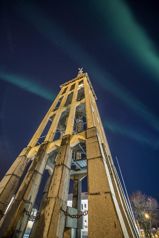 Kampanilen, det frittståande klokketårnet, til Bodø Domkirke © Kent-Even Grundstad