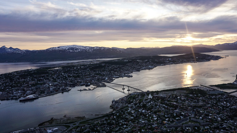 Midnight Sun from the Cable Car © Knut Hansvold