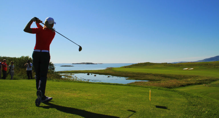 The golf course at Myklebostad © Tore Olsen