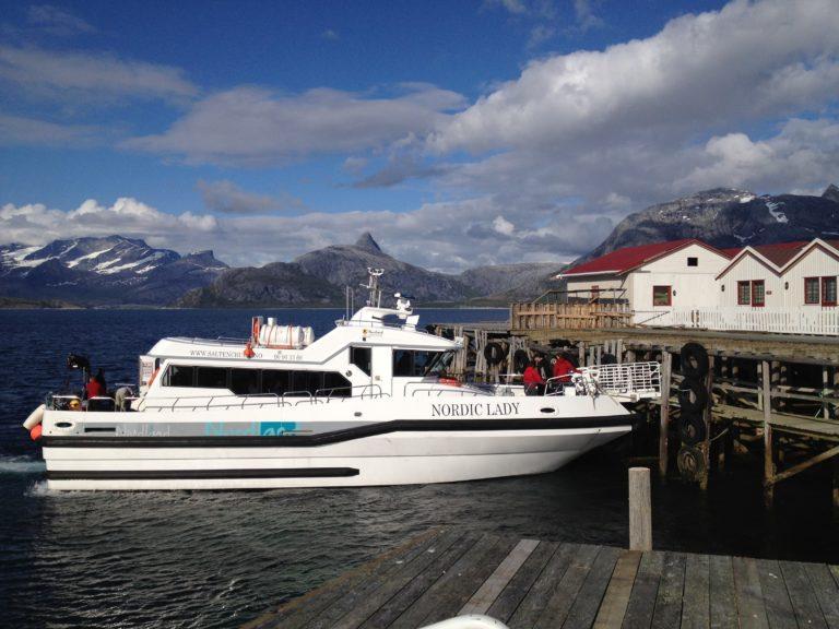 Taking the boat to Engeløya © Roger-Johansen