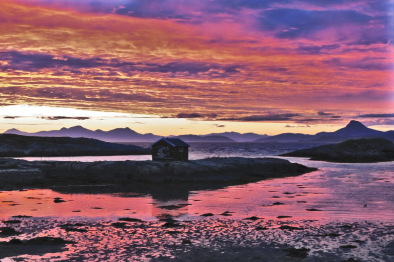 Sunset views along the route © Ketil Kaasli