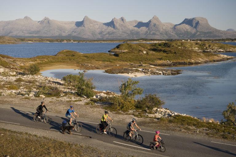 Fra Herøy ser østrene sånn ut © Terje Rakke/Nordic Life