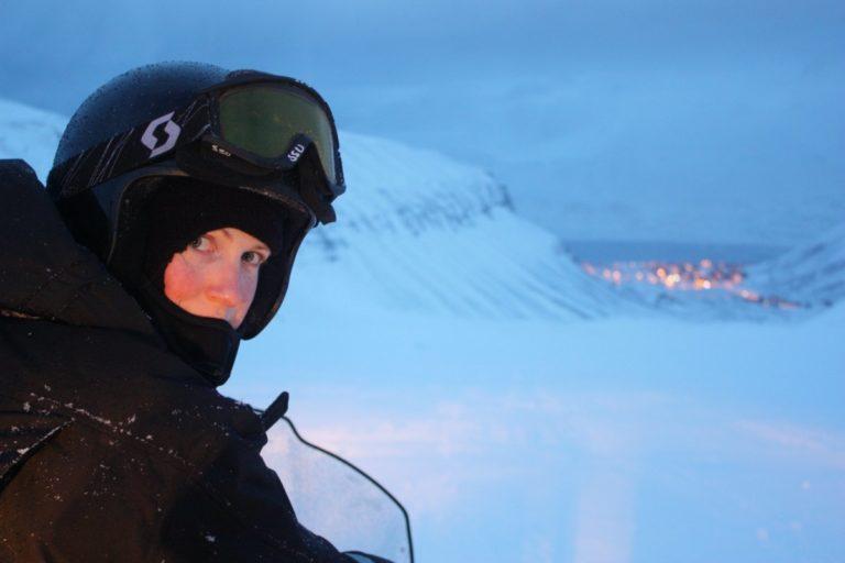 The lights of Longyearbyen guiding you home © Hanne Knudsen/Innovasjon Norge