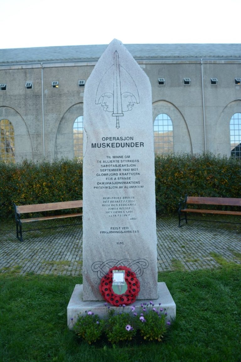 Monument to an allied raid in WW2 © Knut Hansvold