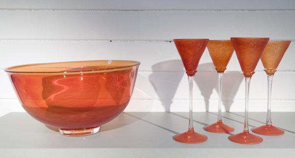 Make your own or buy glasswear © Glasshytta Hennigsvær