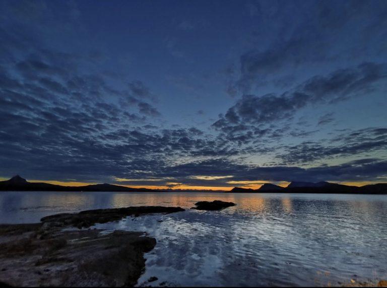 Blue light at Hundholmen © Johnny Ellingsen