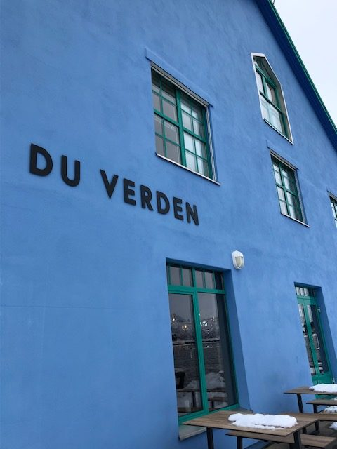Restaurants and bars in Sortland offer year round service © Siw Sandvik