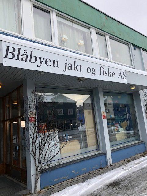 En blå fiskestang? © Siw Sandvik