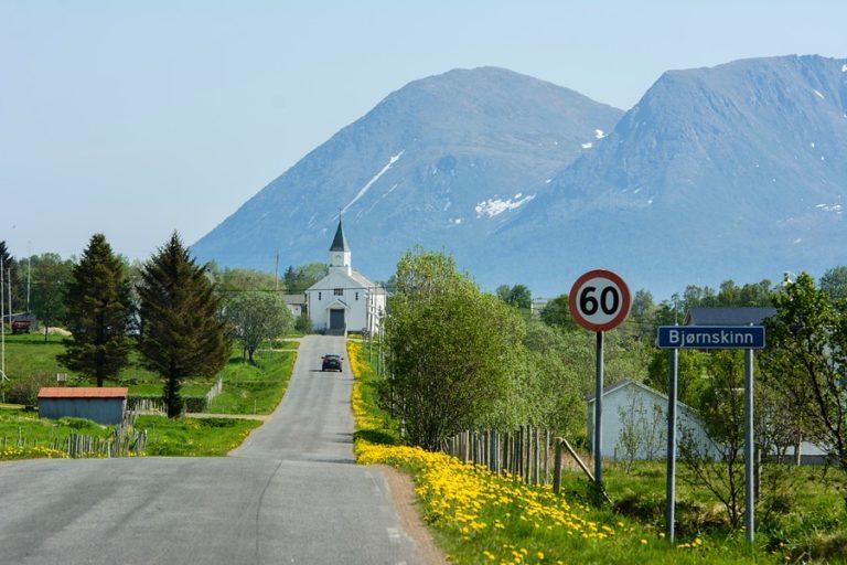 Bjørnskinn ligger sør på Andøya © Jarle-Waehler-SV3