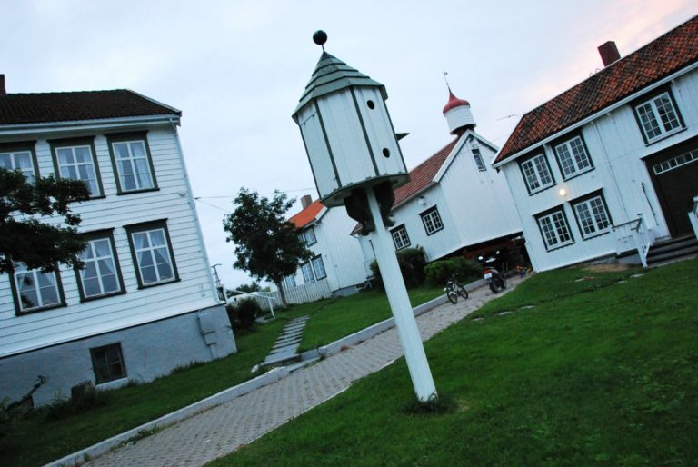 Mange små hus © Knut Hansvold