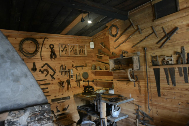 Inside the workshop of the Tuomainen Farmstead © Knut Hansvold