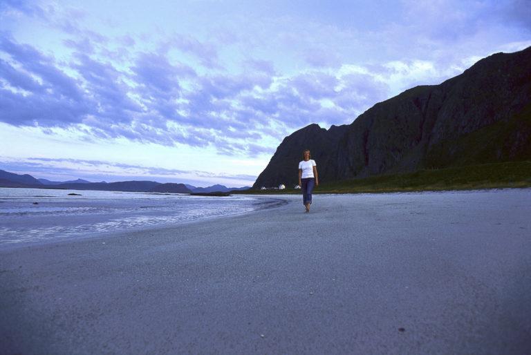 ...barefoot... © Terje Rakke/Nordic Life