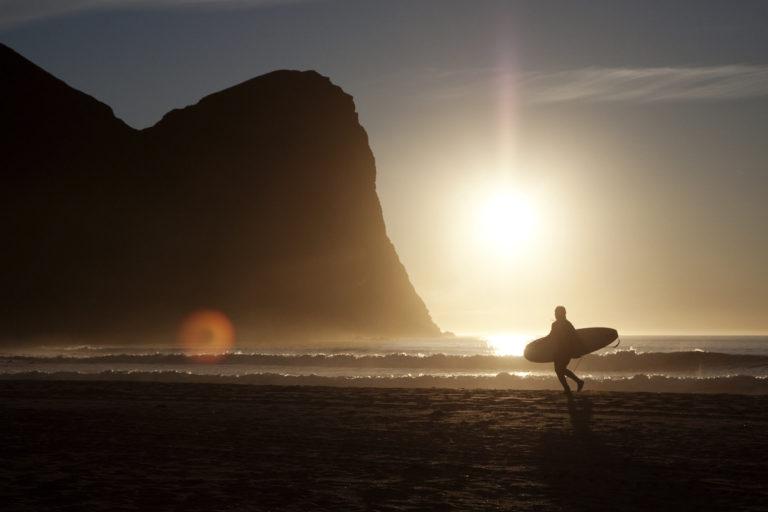 Surfing på Unstad © Kristin Folsland Olsen