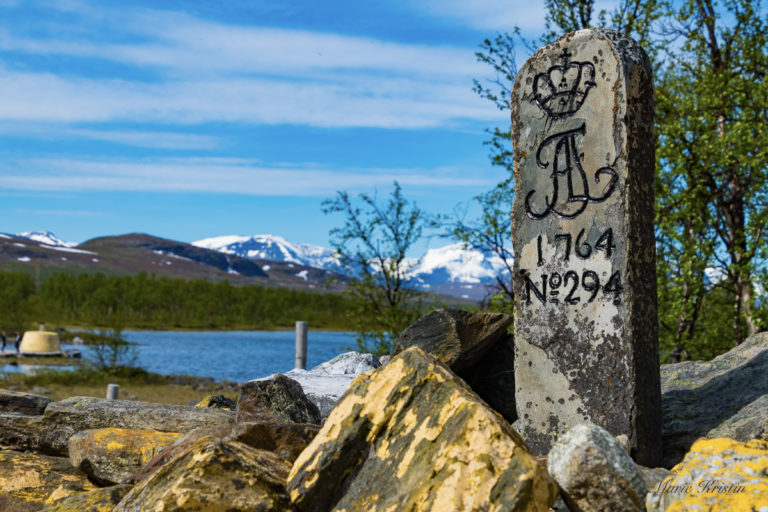 The northernmost point in sweden, the cairn in the background © Marie Angelsen