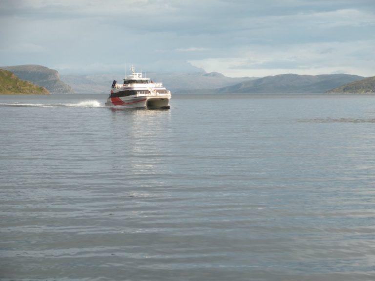 Båten er moderne og komfortabel © Knut Arne Iversen/Hammerfest Turist