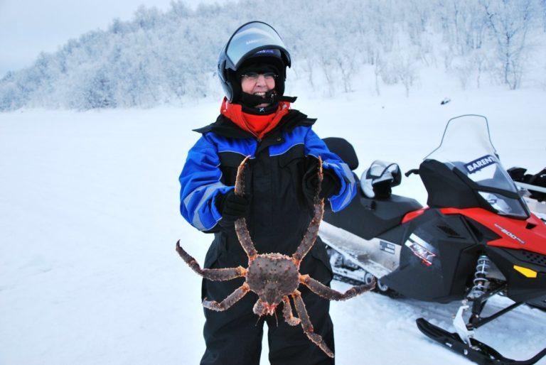 Vi poserer med krabbene © Knut Hansvold